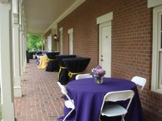 The verandah of Maney Hall makes a lovely location for a pre-party cocktail reception!