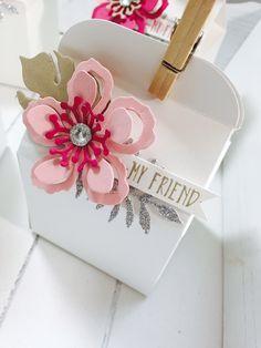 Bakers Box and Botanical Bloom thinlits dies team gifts by Rhoda Macpherson UK demo