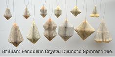 Pendulum small Christmas Decoration: folded by PaperStatement