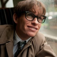 Pin for Later: The Best Things About Eddie Redmayne's Performance as Stephen Hawking