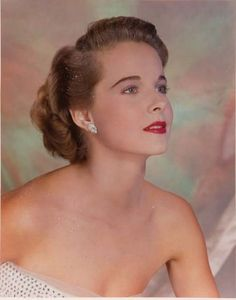 Picture of Diana Lynn Mona Freeman, Old Hollywood Glamour, Classic Hollywood, Famous Photos, Classic Movie Stars, Female Stars, Old Movies, Beauty Queens, My Beauty