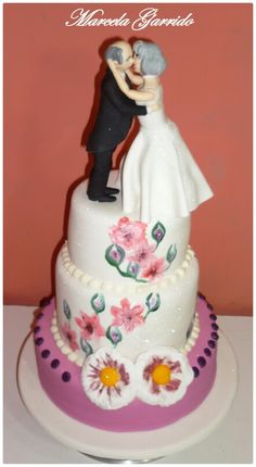 Cake married