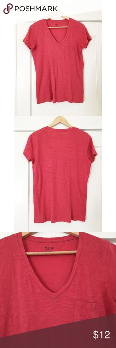 Madewell Whisper Cotton V-neck Pocket Tee Worn a few times but in good used condition! Always hang dried when washed. Described on Madewell site as: It's no secret, our best-selling pocket tee is the kind of forever favorite you'll want in every color. Fashioned of light and airy slub cotton, this V-neck T-shirt is live-in-it soft and perfectly draped—one to tell your friends about, in other words. True to size. Size up for a slouchy fit. Cotton. Chest pocket. Machine wash. 🚫No Trades🚫…