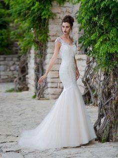 Luxusné svadobné šaty strihu presýpacích hodín
