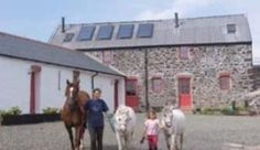 Upper Neeston Lodges: Environmentally sensitive barn conversions on a small family run sheep farm, close to the Milford Haven Waterway in the Pembrokeshire Coast ...