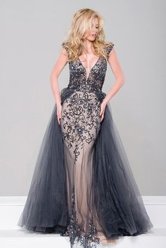 JVN Prom by Jovani Gorgeous charcoal embellished column dress with tulle overlay! Gorgeous beaded details, deep V. Navy Prom Dresses, Jovani Dresses, Formal Dresses, Dress Prom, Bridesmaid Gowns, Formal Wear, Column Dress, Gowns With Sleeves, Outfits