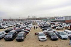 Продавать подержанные автомобили  станет выгоднее: Порошенко подписал законопроект 3046