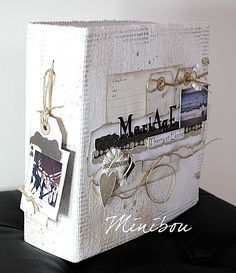 wedding Gallery - Scrapbooking - Daily Featured Projects - Two Peas in a Bucket Mini Albums Scrapbook, Scrapbook Cover, Scrapbook Supplies, Scrapbooking Layouts, Grandes Photos, Travel Album, Album Book, Travel Themes, Blog