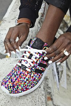 Urban Street fashion: Photo
