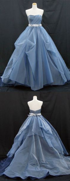 Sweetheart neck deep blue tulle long A-line formal prom dress with lace belt Sweetheart neck deep blue tulle long A-line formal prom dress with lace belt Pretty Outfits, Pretty Dresses, Blue Dresses, Beautiful Dresses, Prom Dresses, Formal Dresses, Colored Wedding Dresses, Wedding Gowns, Dress Skirt