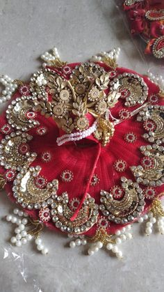 Laddu Gopal Dresses, Ladoo Gopal, Goddess Dress, Krishna Radha, Christmas Wreaths, My Arts, Holiday Decor, Bed, Photos