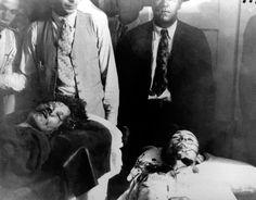 Blutiges Ende:  Am 23. Mai 1934 wurden Bonnie Parker und Clyde Barrow auf...
