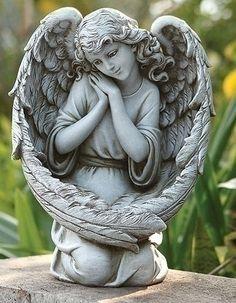 angel wings statue - Google-haku