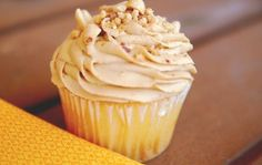 6 ways to make store-bought frosting taste homemade (like this Honey-Roasted Peanut Butter Frosting)