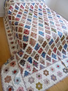 That is reallyinsane. How many years did it take to make? but how exquisite. CF . Antique quilt.