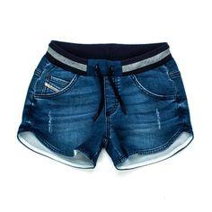 0ce73792f425 Shorts in denim blu delavè con coulisse firmati Diesel Industry della nuova  Collezione Girl Primavera Estate 2018 - Linea di abbigliamento Bambina  Teenager.