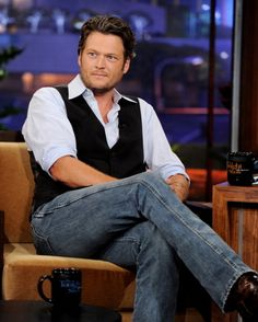 Blake Shelton. 2nd sexiest man alive, my husband being the first of course ;)