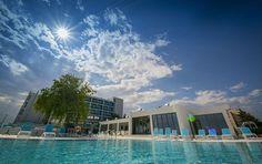 Situat in inima statiunii Venus, Hotel Turquoise ofera cazare intr-o zona exclusivista a hotelurilor de 4 si 5 stele, avand toate camerele cu vedere la mare. Un
