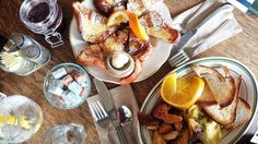 Cinnamon brioche and omelet du fromage at La Note in Berkeley Where to Eat in San Francisco | East Bay Explorations | Shikha la mode