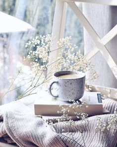 restless bibliophile — elyvein: Cup of Coffee by Anita Jeleń Cozy Aesthetic, Autumn Aesthetic, Flower Aesthetic, Book Wallpaper, Coffee Photography, Coffee And Books, Jolie Photo, Coffee Cafe, Metal Walls