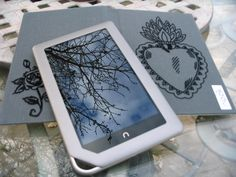 LOVE my new Nook Tablet... And my personalized DIY case!