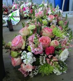 They did pink and chartreuse for this wedding -- here's some of the flowers.