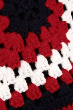 Red, midnight-blue and white cashmere Slips on  100% cashmere Dry clean