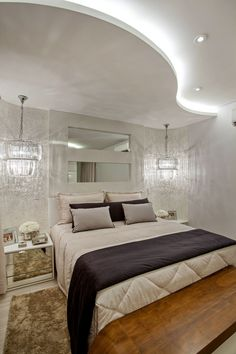 The latest pop design false ceiling for bedroom 2019 and how to choose the best option for your bedroom ceiling with plaster of paris, How to install pop ceiling design and how to finish it. House Ceiling Design, Bedroom False Ceiling Design, Bedroom Ceiling, Bedroom Decor, Bedroom Photos, Trendy Home, Living Room Lighting, Modern House Design, Modern Bedroom