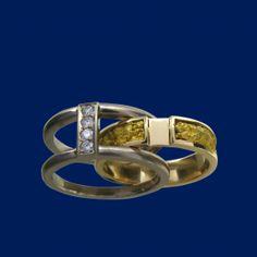 Diamond engagement / wedding ring, gold  www.taigakoru.fi