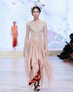 Subtle, light yet still rich. This piece features dusty pink fabric with our signature embellishment & batik cloth. Kinasih by Gayle Park… Kebaya Lace, Batik Kebaya, Kebaya Dress, Batik Dress, Kebaya Hijab, Pink Wedding Gowns, Disney Wedding Dresses, Pakistani Wedding Dresses, Kebaya Wedding