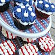 Red, White & Blue Cupcakes with Smarties!