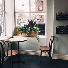 cool coffee shop in brooklyn - cafe pedlar | cobble hill, brooklyn // #escapeyourdesk