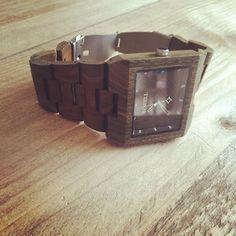 Model Milaan! Een tof houten horloge uit de collectie van WoodyTime