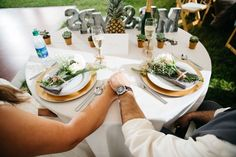 Sweetheart Table - Beautiful Lakeside Wedding in Central Florida - Photo by Lilly and Lilly Photography - click pin for more - www.orangeblossombride.com