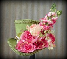 top hat with flowers