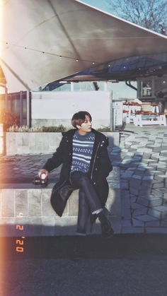 Discover recipes, home ideas, style inspiration and other ideas to try. Jung Kook, Bts Jungkook, Taehyung, Busan, Foto Bts, Bts Photo, Dance Music, Taekook, Jeongguk Jeon