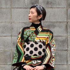【 サイクリング 】 Kimono Japan, Yukata Kimono, Kimono Outfit, Japanese Kimono, Kimono Fashion, Modern Kimono, Kimono Design, Tokyo Street Style, Quirky Fashion