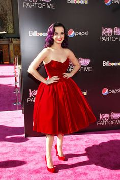 We're totally digging retro-Katy. The current retro-Katy, anyway. Things could be radically different by this time tomorrow. Katy Perry attends the Little Red Dress, Little Dresses, Katy Perry, Dress To Impress, Strapless Dress Formal, 1950s Housewife, Fashion Beauty, Celebrity Style, Cinderella Moments