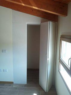 Armadio telaio con ante a soffietto By Mazzali Folding door for closet and walk-in wardrobe