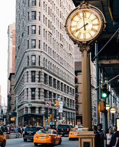 Days are finally a bit longer in New York by @imxplorer #newyorkcityfeelings #nyc #newyork