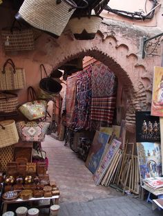 Walkways throughout the Marrakech market in Morocco    Photographer: KG