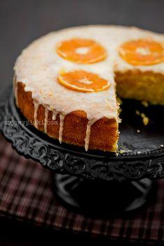 Ciasto cytrynowe z polentą i lukrem mandarynkowym