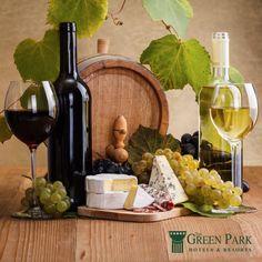 Şarabın tadını tek başına çıkmaz! Körfez Bar'ın lezzetli şaraplarını yudumlarken, en lezzetli peynirler şarabınıza eşlik etsin.