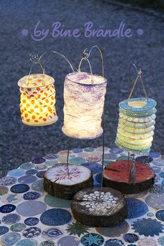 Simple and magical table decoration idea for a garden party! Lantern feet made of . - Simple and magical table decoration idea for a garden party! Make lantern feet from wooden disks an - Fairy Doors On Trees, Fairy Garden Doors, Wallpapers Whatsapp, Diy 2019, Lantern Craft, Decoration Chic, Cool Art Projects, Garden Images, Ideas Geniales