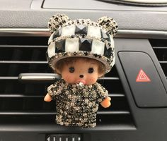 Panda Monchhchi  Outlet Perfume Kiki Diamond Doll Vehicle Air Conditioning Port Perfu Car  Car-styling Perfumes 100 Original