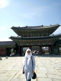 At the palace. Korean trip September 2017 Gyeongbokgung (경복궁) in 서울특별시, 서울특별시