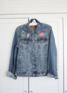 Kup mój przedmiot na #vintedpl http://www.vinted.pl/damska-odziez/kurtki/17638659-hm-piekna-jeansowa-kurtki-naszywki