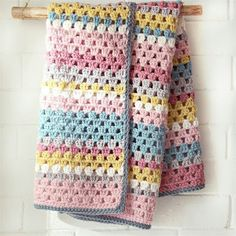 crochet baby blankets for girl use the crochet granny stitch to work up this darling blanket for a baby girl crochet baby girl blankets patterns Crochet For Beginners Blanket, Crochet Blanket Patterns, Baby Blanket Crochet, Crochet Stitches, Crochet Blankets, Newborn Crochet, Baby Newborn, Newborn Girls, Afghan Patterns