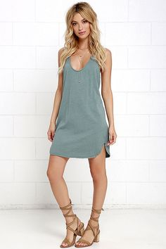 Chill and trendy have joined forces to bring you the Thrilled to Bits Washed Green Dress! Soft cotton-blend knit shapes a triangle bodice with a cute T back. The casual, straight-cut dress drapes loosely, ending in a rounded hem. Simple Long Dress, Simple Dresses, Nice Dresses, Casual Dresses, Women's Dresses, Long Dresses, Club Dresses, Party Dresses, Dresses Online