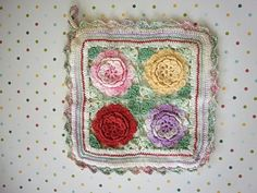 Would love to use a sweet vintage pot holder when I make my family dinner.